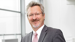 Hans-Peter Zimmermann, Hospital Director